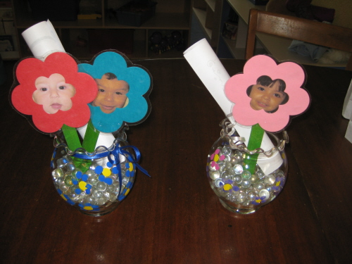 Mother 39 s day picture flower craft preschool education for Mother s day projects for preschoolers